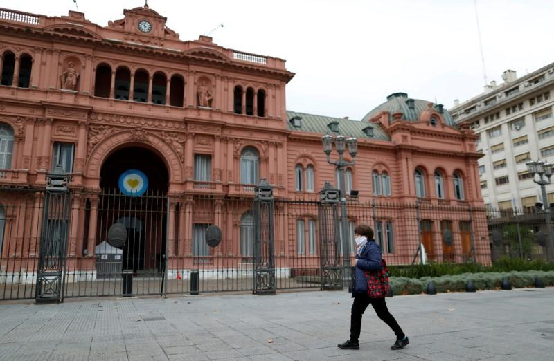 Argentina debt deal in sight as serial defaulter looks to avoid 'zombie land'