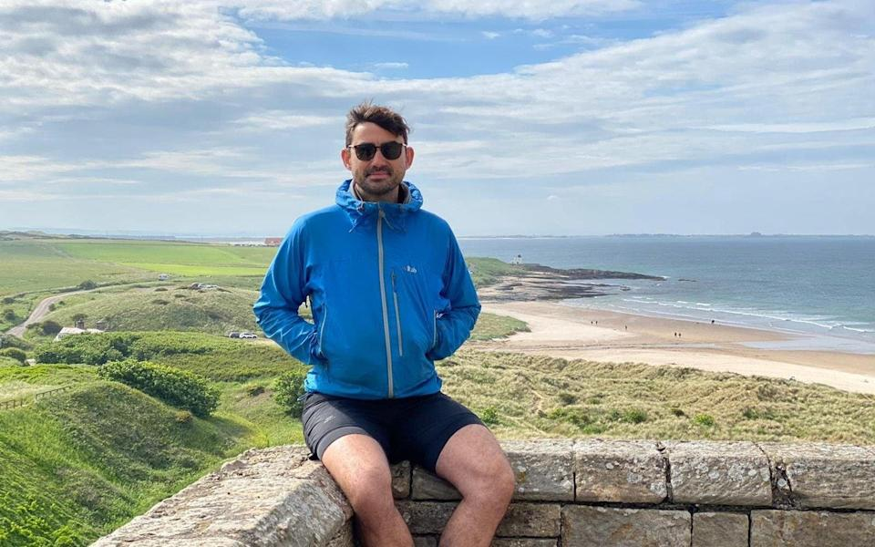 Simon takes a break from cycling on his round-Britain odyssey
