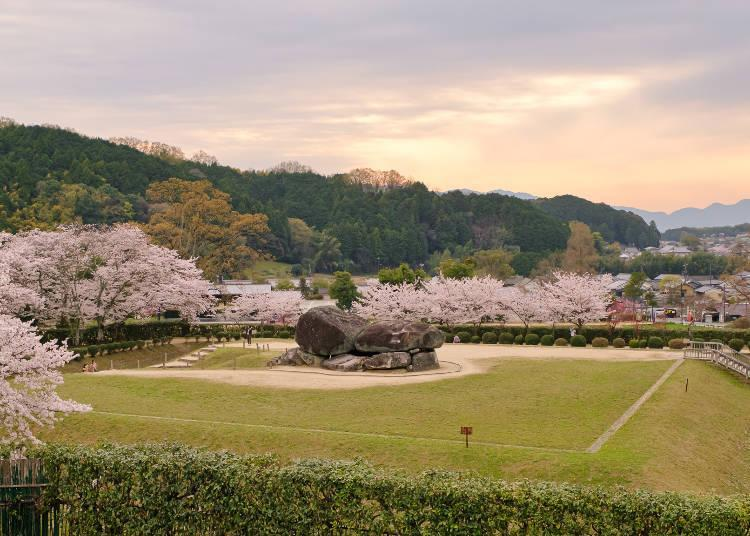 Built in the 6th century, Ishimuro Kofun was constructed by stacking 30 megaliths
