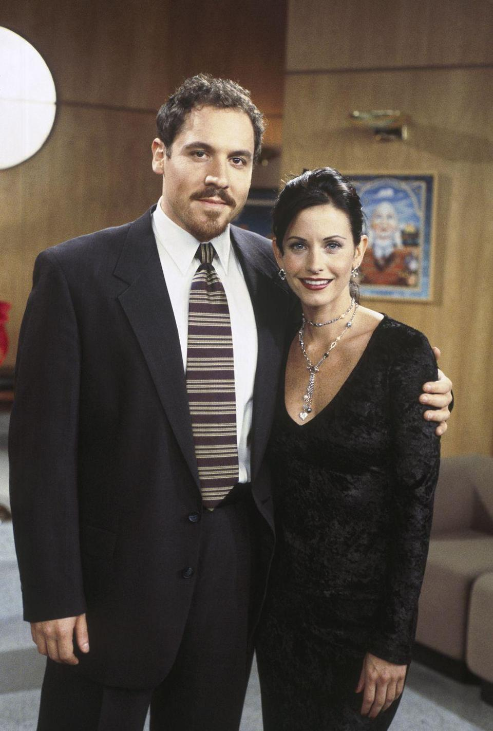 <p>Jon Favreau appeared throughout season 3 as a reoccurring guest star and Monica's love interest, Pete. The actor went on to produce and star in films such as <em>Chef</em>, <em>Iron Man</em>, and <em>The Avengers</em>.</p>