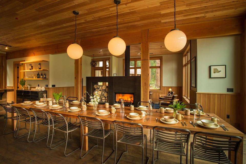 The dining room at The Minam River Lodge