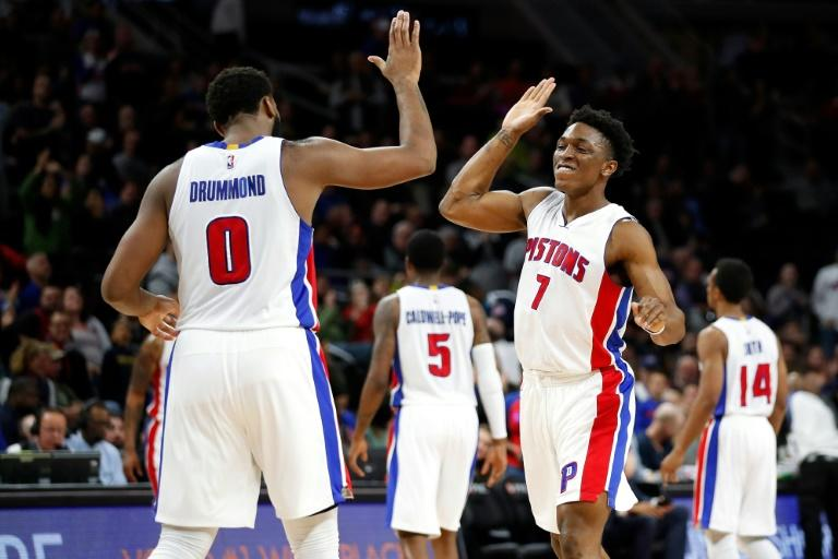 Johnson hits late 3-pointer, Pistons beat Rockets 114-109