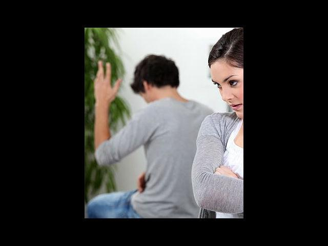 <b>1. Stop fretting: </b><br>In a relationship, we tend to take our partner for granted. If there is something that is bothering you, stop picking up petty fights, instead have a talk with your partner and clear the air. Small backbiting comments tend to erode a relationship.