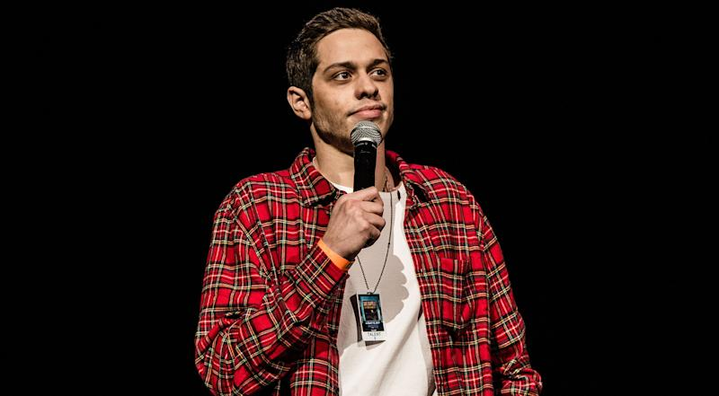 Pete Davidson Thinks 'A Lot Of Women In Entertainment Use Gay Men As Props' & Twitter Has Many Thoughts