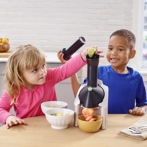 The Perfect Gift For Kids in the Kitchen!