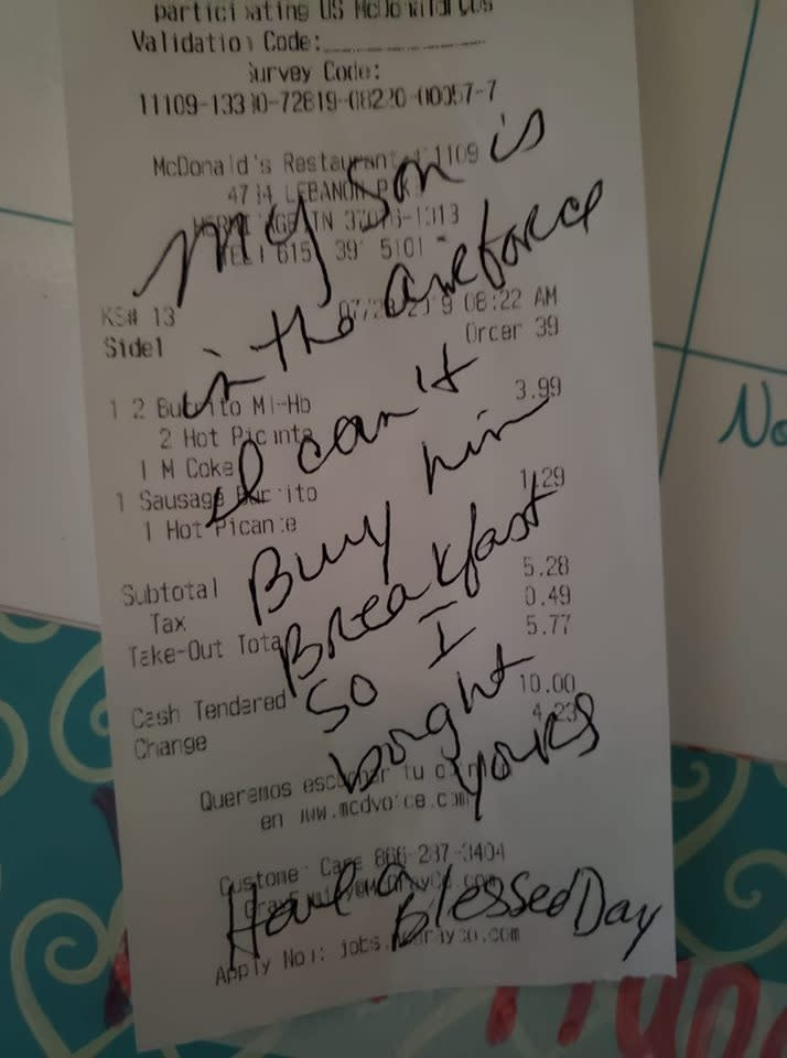 In honor of her son who was far from home, Caryn Hill bought the meal of a McDonald's customer behind her and left behind a not on their receipt. (Credit: Facebook/Heidi Goforth)