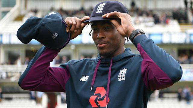 The start of the second Ashes Test was delayed further on Wednesday, when Jofra Archer appeared set to make his debut in the longest format.