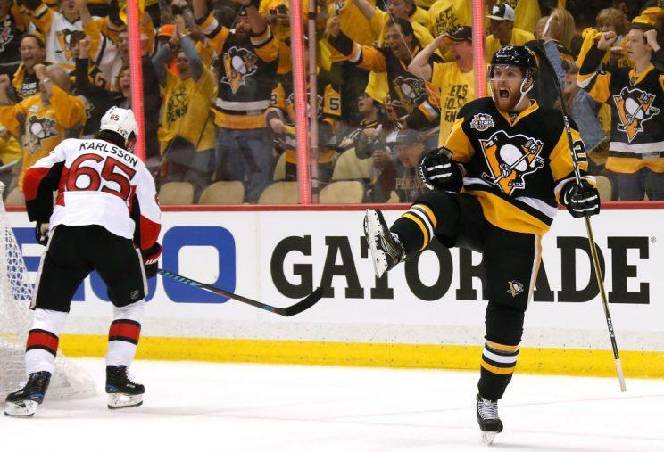 Penguins shred Senators 7-0 in Game 5 laugher