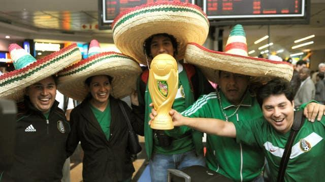 Mexican fans' enthusiasm for the World Cup would only grow if the gap between tournaments was shortened to two years, its federation president has said