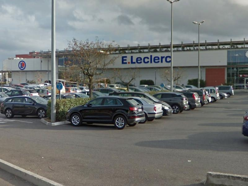 The attack took place at an E. Leclerc store in La Seyne-sur-Mer: Google