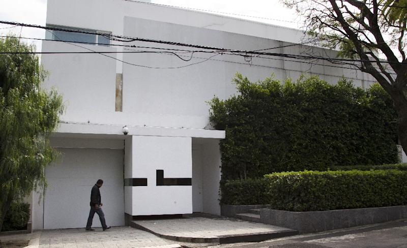 The house acquired by Mexican First Lady Angelica Rivera in Mexico City, shown November 10, 2014 (AFP Photo/Hector Guerrero)