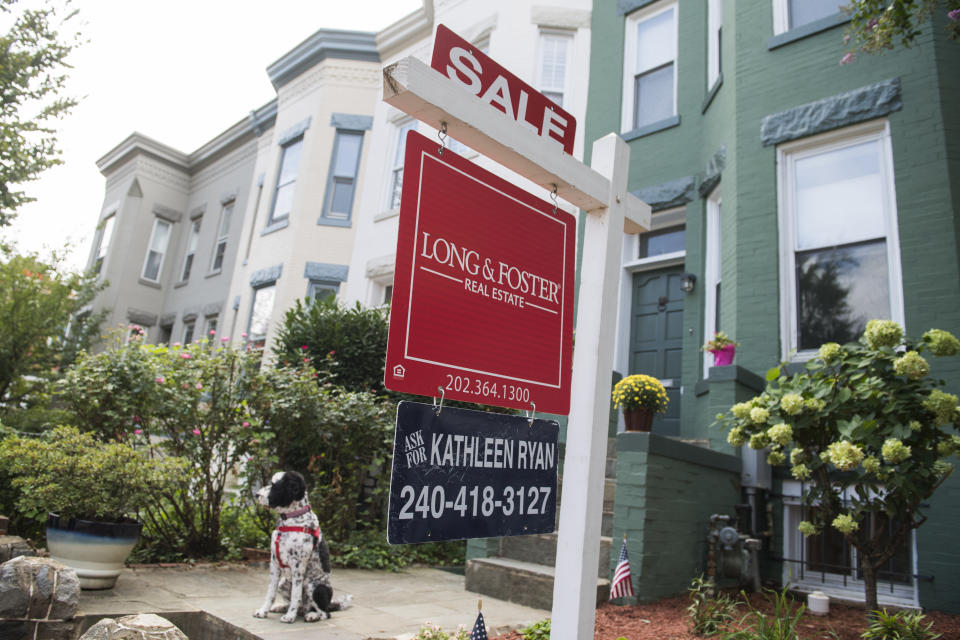 A for sale sign advertising a row house on Constitution Avenue, NE in Washington D.C. in 2019. (Photo: Tom Williams/CQ-Roll Call, Inc via Getty Images)