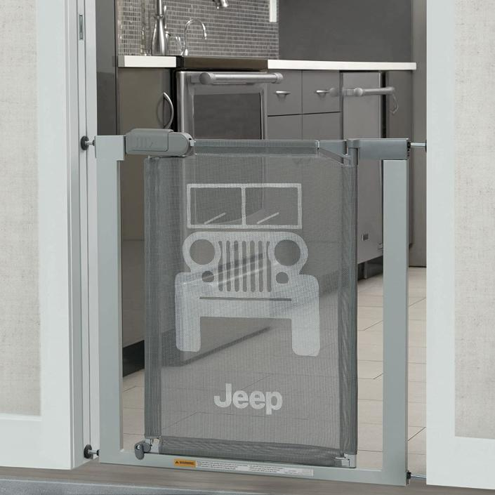 Delta Children Jeep Adjustable Baby and Pet Safety Gate