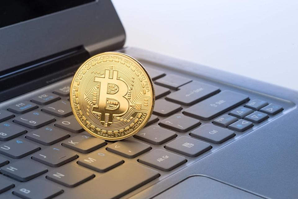 An indictment filed against Russian military intelligence officers reveals that the group allegedly used cryptocurrency to remain anonymous in a scheme against the Clinton campaign. They used digital coins to pay for their website.