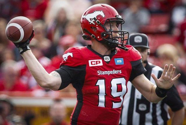<em>Calgary quarterback Bo Levi Mitchell sets up to throw during first half against the Ottawa Redblacks in Calgary on Sept. 17, 2016. (THE CANADIAN PRESS/Jeff McIntosh Photo)</em>