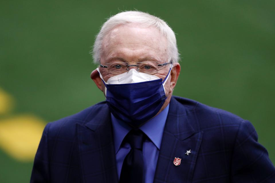 Jerry Jones, whose Cowboys lead the NFL in attendance amid a pandemic, doled out COVID-19 advice to the Broncos. (Ronald Martinez/Getty Images)