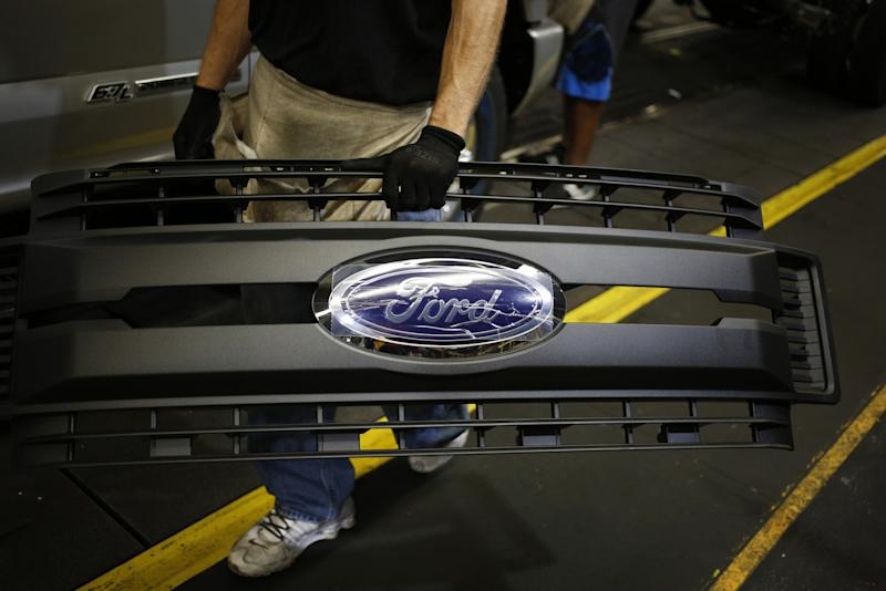 VW Board to Mull Broader Ford Tie-Up Before Detroit Auto Show
