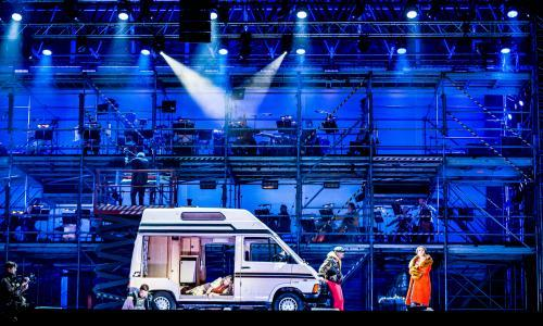 ENO's drive-in La bohème review – honk your horn for Mimi and Rodolfo