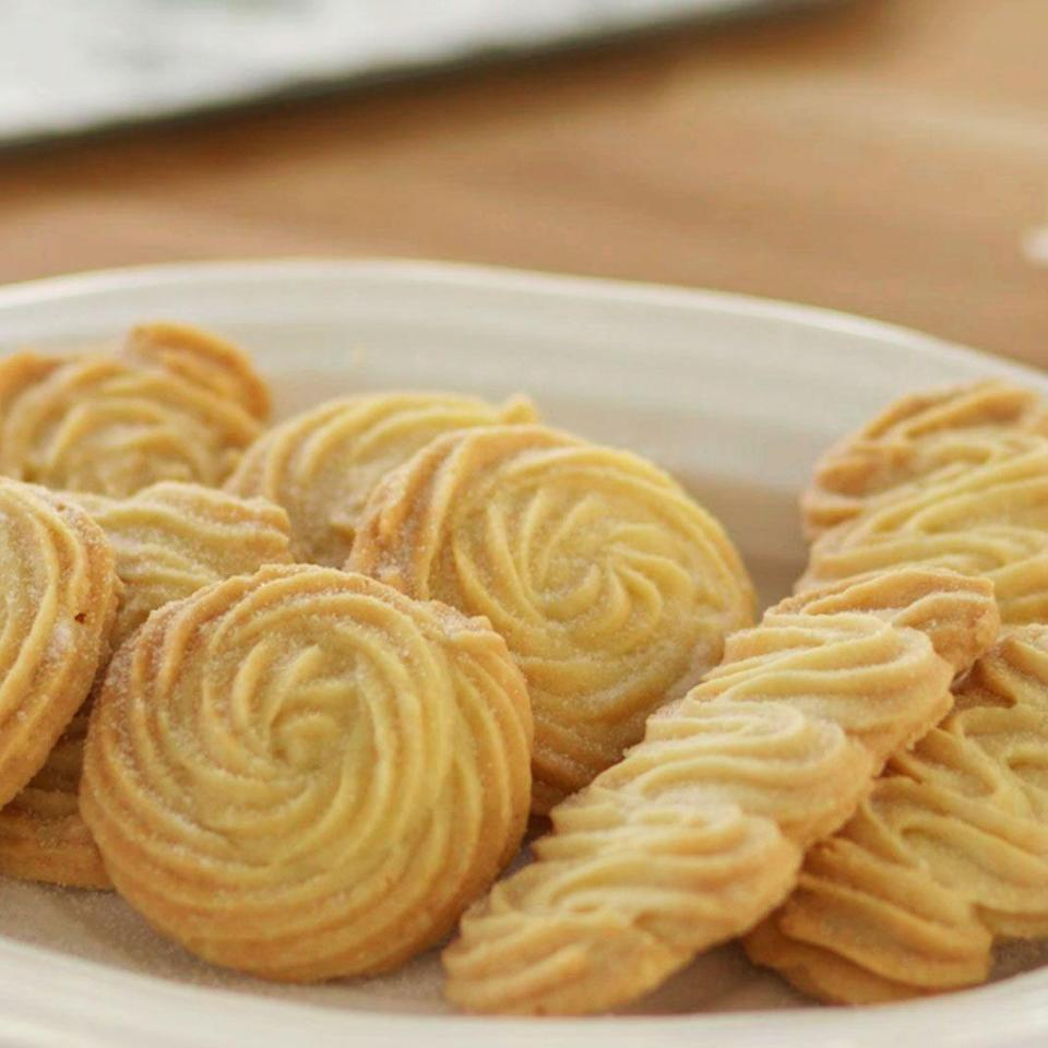 """<p>Find out how to make buttery Viennese whirl biscuits with our easy-to-follow recipe.</p><p><strong><br>Recipe: <a href=""""https://www.goodhousekeeping.com/uk/food/recipes/a563394/viennese-whirl-biscuits/"""" rel=""""nofollow noopener"""" target=""""_blank"""" data-ylk=""""slk:Viennese whirl biscuits"""" class=""""link rapid-noclick-resp"""">Viennese whirl biscuits</a></strong></p>"""