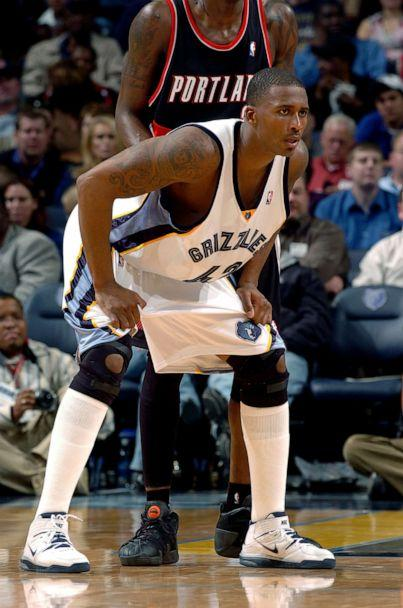 PHOTO: Lorenzen Wright, #42 of the Memphis Grizzlies, stands on the court during a game with the Portland Trail Blazers in Memphis, Tenn., Nov. 22, 2005. (Joe Murphy/NBAE via Getty Images, FILE)