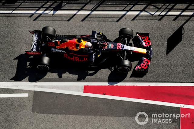 """2º Max Verstappen, Red Bull Racing RB16: 1:16.269 (con neumáticos C4) <span class=""""copyright"""">Steven Tee / Motorsport Images</span>"""