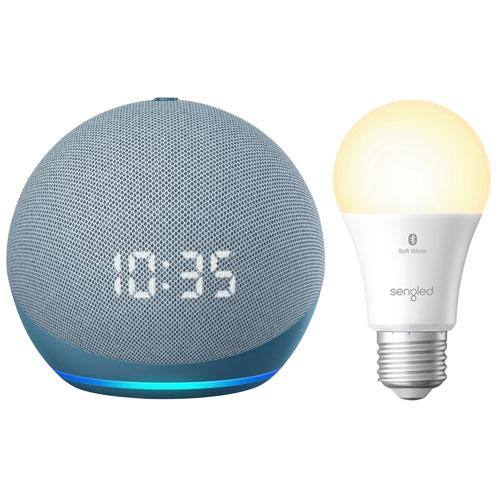 Amazon Echo Dot con orologio e lampadina LED Bluetooth intelligente A19 Sengled.  Immagine tramite Best Buy.