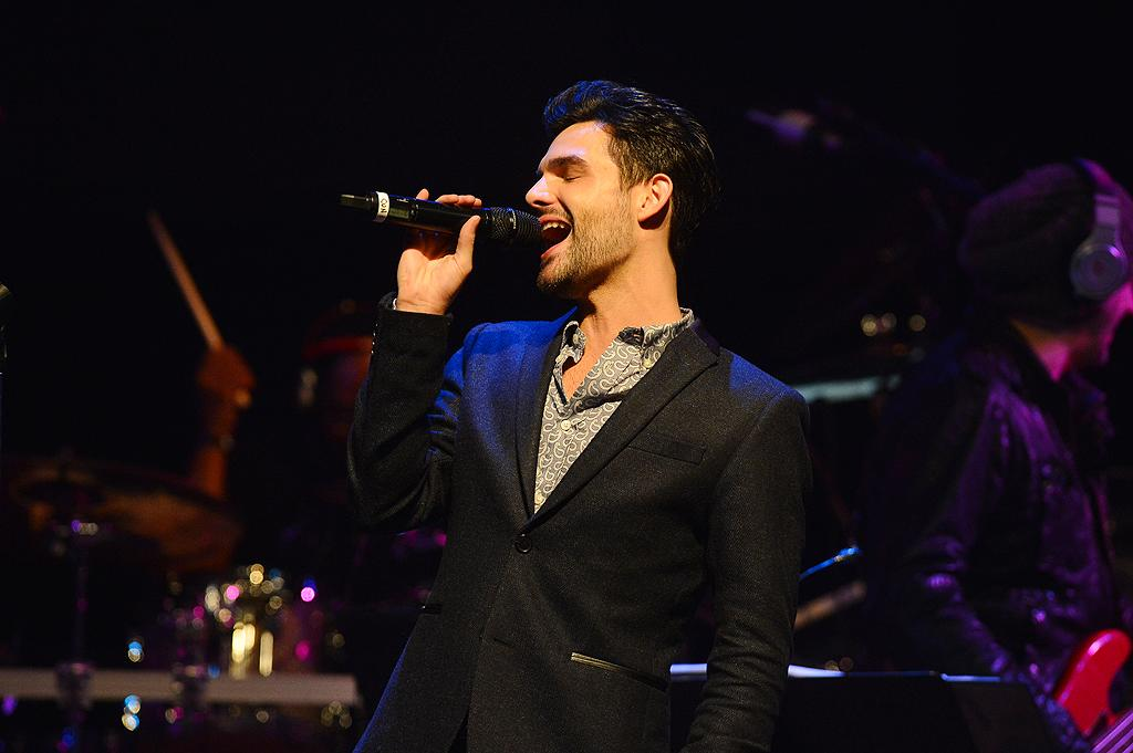 "Cody Belew at a special live performance event celebrating the Top 12 artists of ""The Voice"" on November 8, 2012 at the House of Blues in Hollywood, CA."