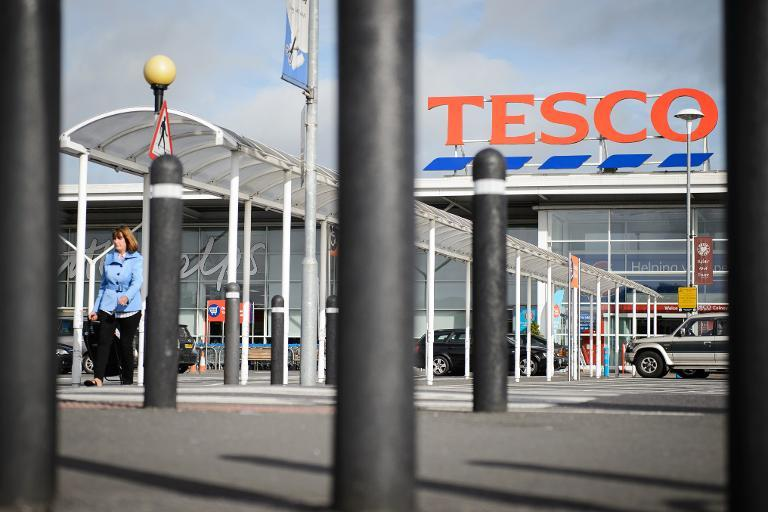 A Tesco supermarket is pictured in north London, on August 29, 2014 (AFP Photo/Leon Neal)