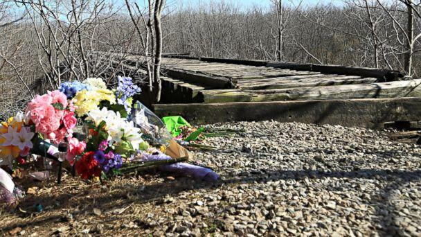 PHOTO: A makeshift memorial for Abby Williams and Libby German next to a trail they were hiking the day they disappeared, Feb. 13, 2017, in Delphi, Indiana. (Lindsey Jacobson/ABC News)