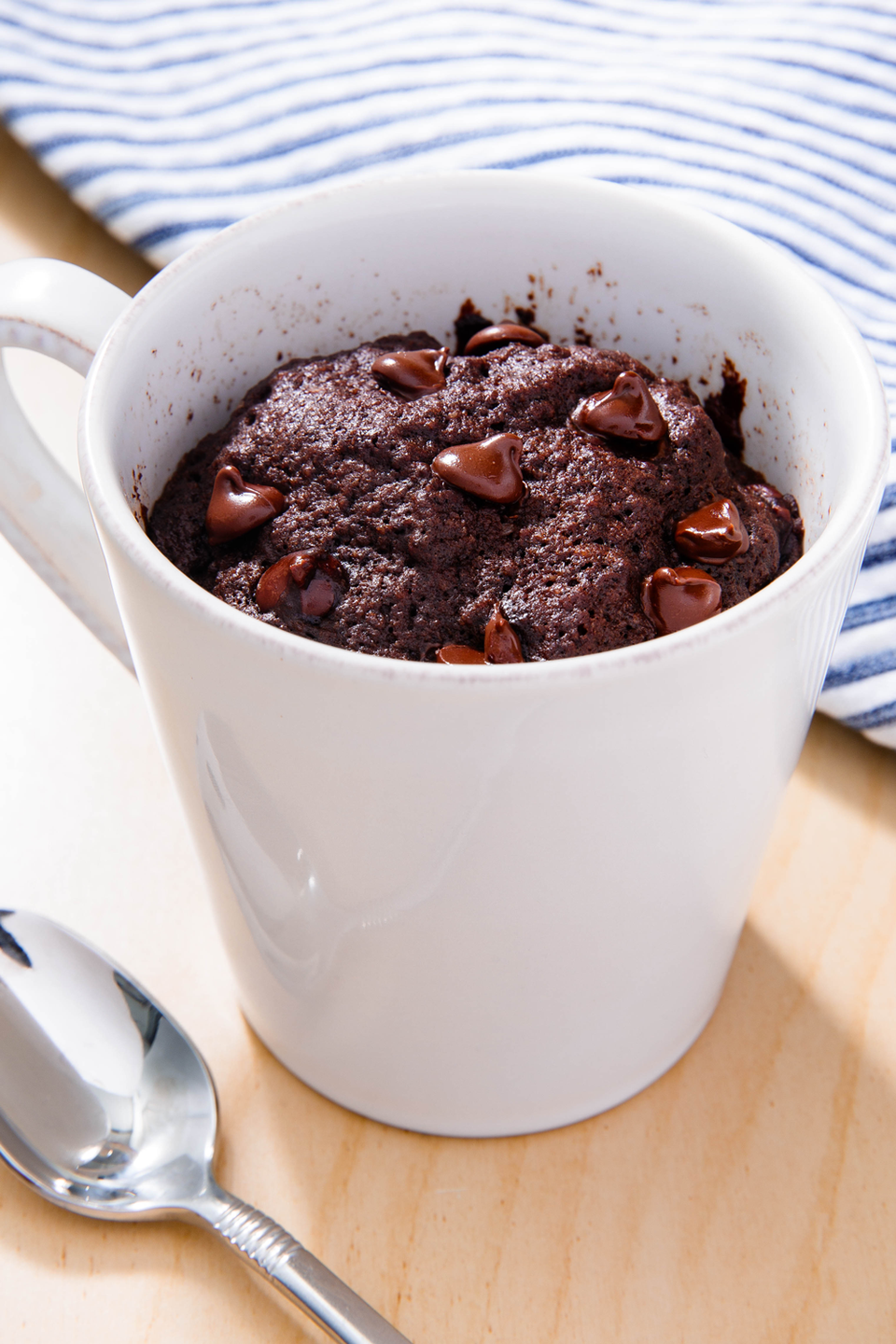 """<p>Need an easy, last-minute option? This mug cake recipe will save you.</p><p>Get the recipe from <a href=""""https://www.delish.com/cooking/recipe-ideas/a23104428/keto-chocolate-mug-cake-recipe/"""" rel=""""nofollow noopener"""" target=""""_blank"""" data-ylk=""""slk:Delish"""" class=""""link rapid-noclick-resp"""">Delish</a>. </p>"""