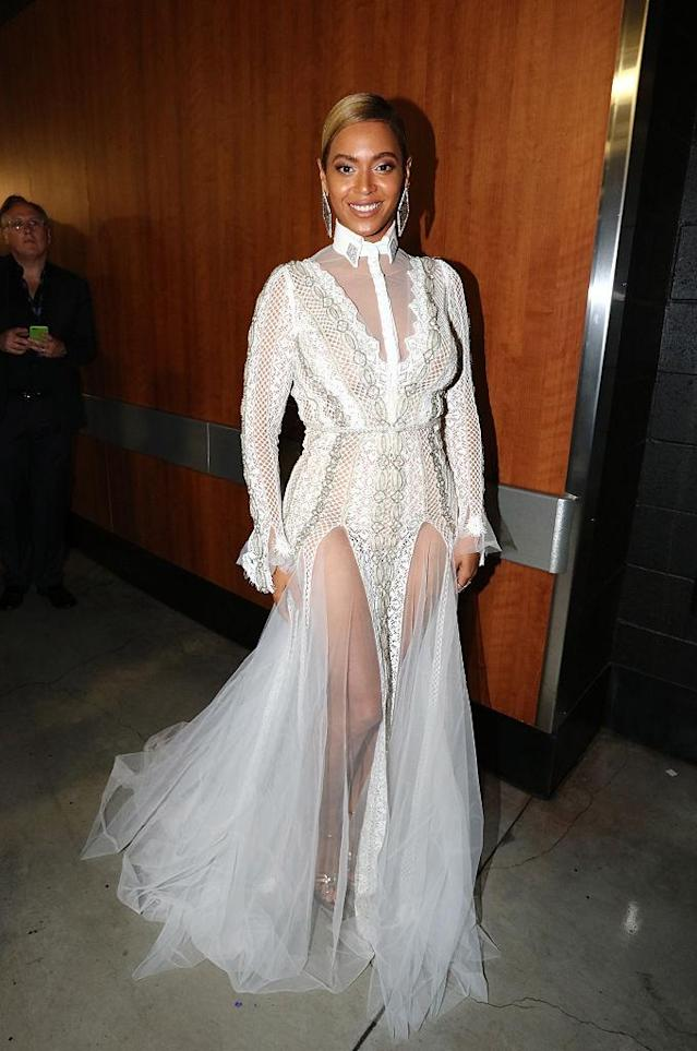 Beyoncé wore a wedding dress to the 58th Grammys in 2016. (Getty)