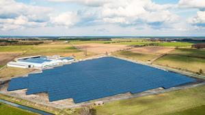 The 4.7 MWp Calvörde solar park, located in the state of Sachsen-Anhalt. The project was completed in December 2015, developed and built by Solarcentury.