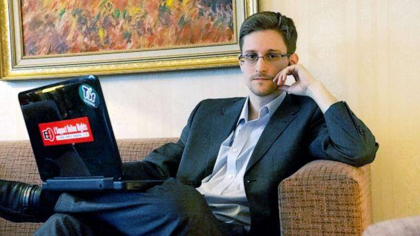 PHOTO:Former intelligence contractor Edward Snowden poses for a photo during an interview in an undisclosed location in Moscow, Dec. 2013. (Barton Gellman/Getty Images, FILE)
