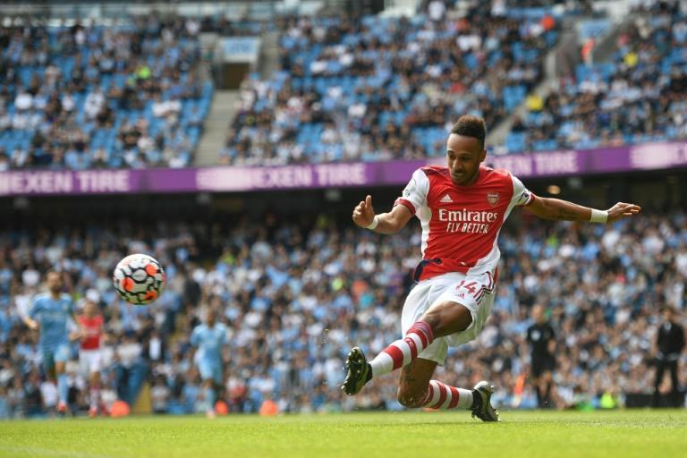 Arsenal forward Pierre-Emerick Aubameyang shoots during a 5-0 loss to Manchester City at the weekend (AFP/Oli SCARFF)