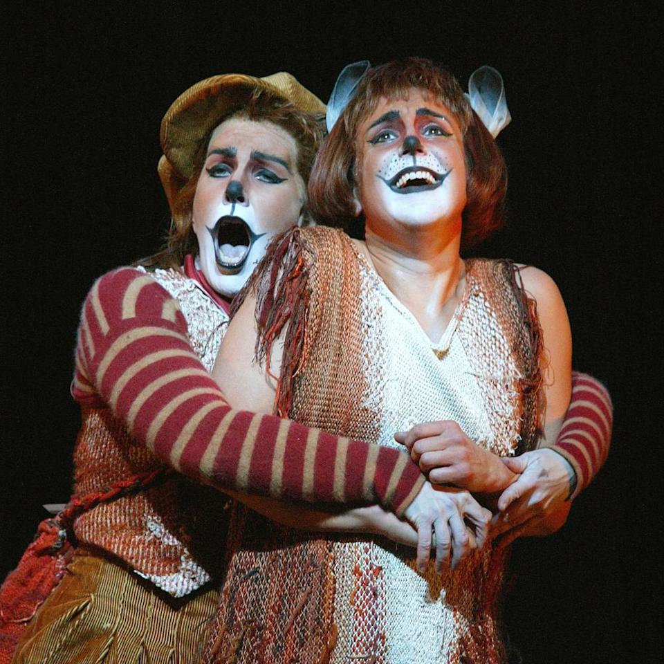 Dawn Upshaw and Joyce DiDonato in a 2003 ROH staging of Janáček's The Cunning Little Vixen.