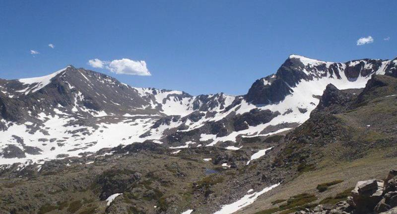 Proposal on Colorado peak leads to couple's altitude issues