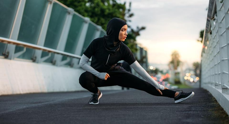 """<p>If you tend to daydream during your workouts - or think about everything you need to do once you're finished - try instead focusing your attention on the muscles that are essential to each exercise. """"For example, feel your abs during crunches or your glutes when doing squats,"""" Atluri said. Not only will this teach you to be more mindful, but it will also help you keep those muscles engaged, making your workout more effective.</p>"""