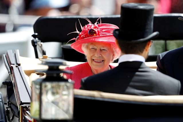 Horse Racing - Royal Ascot - Ascot Racecourse, Ascot, Britain - June 21, 2018 Britain's Queen Elizabeth arrives during the carriage procession before the start of the racing REUTERS/Peter Nicholls