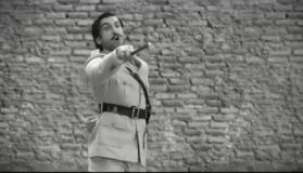 Watch: Ranveer Singh turns into 'Angrezo Ke Zamaane Ke Jailer' from Sholay