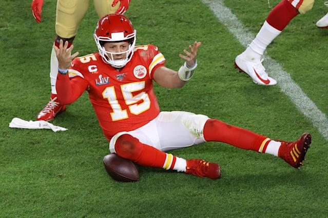 MIAMI, FLORIDA - FEBRUARY 02: Patrick Mahomes #15 of the Kansas City Chiefs reacts against the San Francisco 49ers during the third quarter in Super Bowl LIV at Hard Rock Stadium on February 02, 2020 in Miami, Florida. (Photo by Elsa/Getty Images)