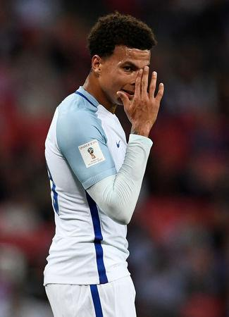 Soccer Football - 2018 World Cup Qualifications - Europe - England vs Slovakia - London, Britain - September 4, 2017   England's Dele Alli looks dejected    REUTERS/Dylan Martinez