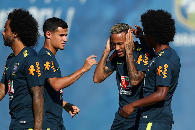 Soccer Football - World Cup - Brazil Training - Brazil Training Camp, Sochi, Russia - June 24, 2018 Brazil's Neymar, Philippe Coutinho and team mates during training REUTERS/Hannah McKay