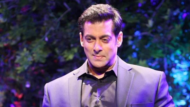40-year-old female contestant faints on Salman