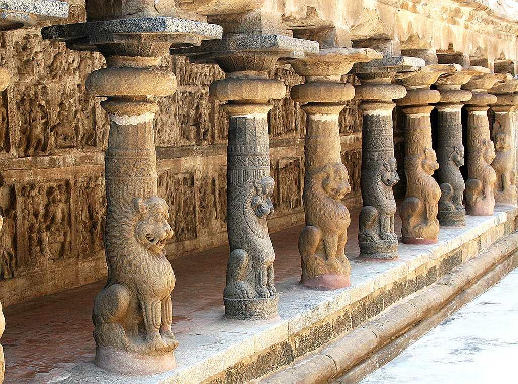 Vaikuntha Perumal Temple, Kanchipuram was constructed shortly after the Kailasanathar temple was built. It was built by the Pallava king Nandivarman and was completed in the 7th century AD. There are three different levels of the main shrine. The sculptures of Lord Vishnu in the main shrine are quite massive in size and depict the Lord in sitting, standing and reclining postures. It is one of the 108 Divya Desams dedicated to Lord Vishnu.