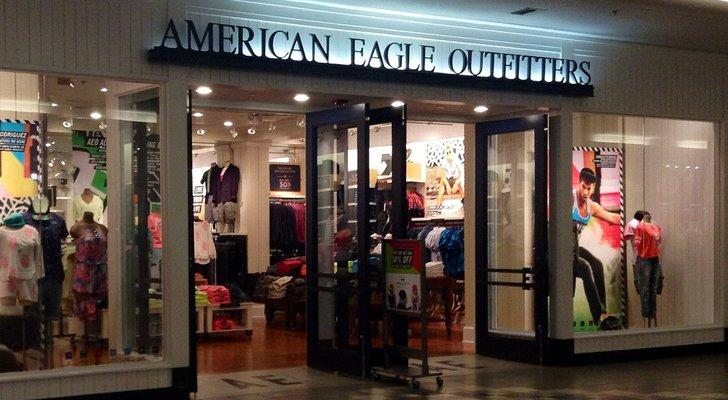 e73a05fc9cf American Eagle Outfitters (AEO) Stock Is Quickly Losing Relevance