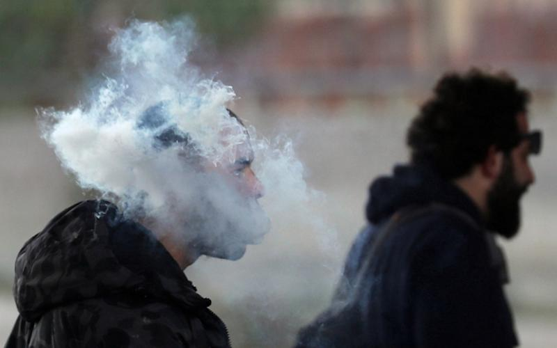 A cloud of vapour from an electronic cigarette (REUTERS/Amr Abdallah Dalsh)