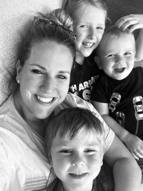 PHOTO: Jillian Glawson, of Texas, poses with her three children, ages 8, 5 and 1. (Courtesy Jillian Glawson)
