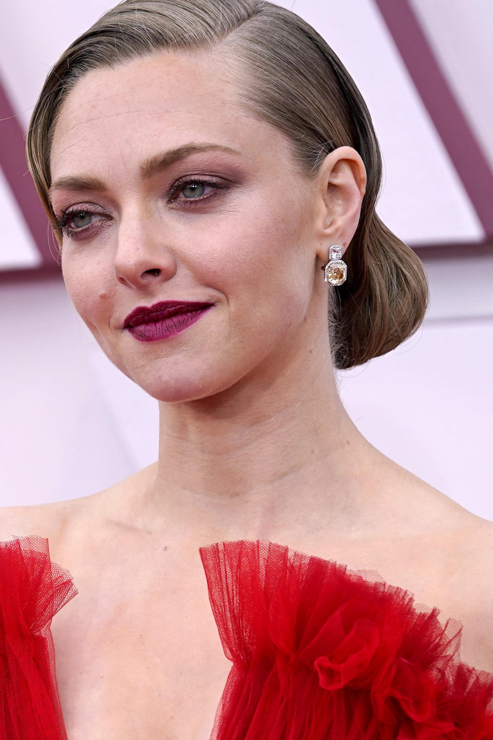 LOS ANGELES, CALIFORNIA – APRIL 25: Amanda Seyfried, earing detail, attends the 93rd Annual Academy Awards at Union Station on April 25, 2021 in Los Angeles, California. (Photo by Chris Pizzello-Pool/Getty Images)