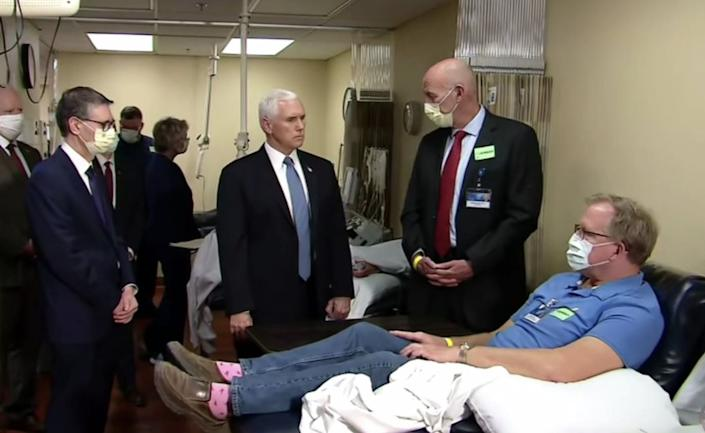 Pence bucks Mayo Clinic's mandatory mask policy during visit