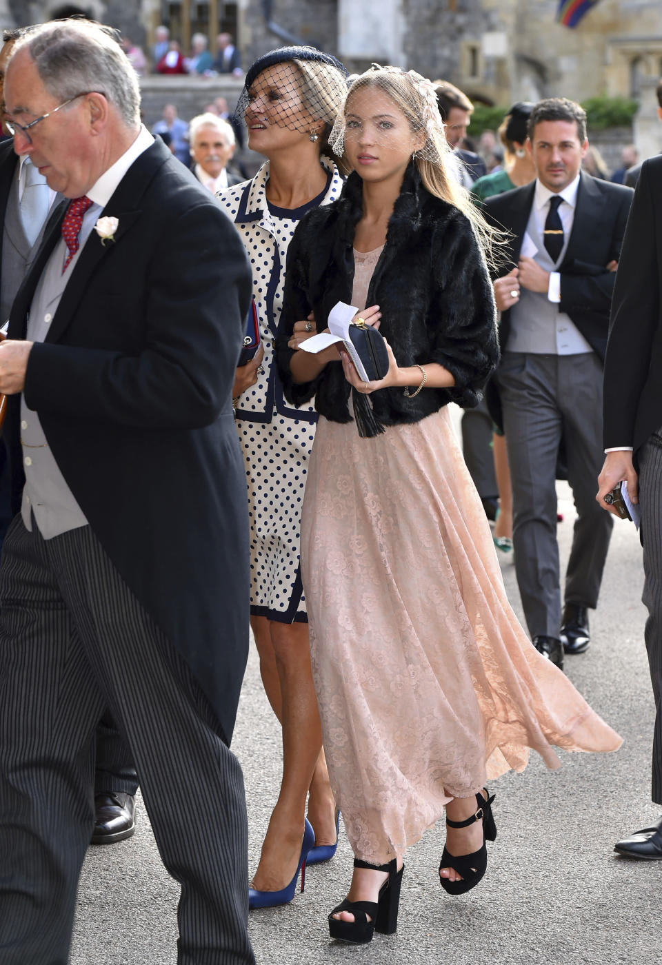 Kate Moss and daughter Lila Grace Moss Hack make it look effortless. (Photo: AP)